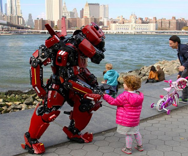 pacific-rim-crimson-typhoon-cosplay-by-brooklyn-robot-works-4