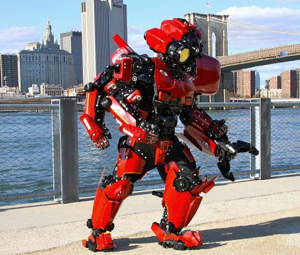 pacific-rim-crimson-typhoon-cosplay-by-brooklyn-robot-works