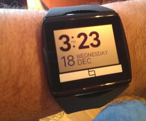 Review: Qualcomm Toq Smartwatch