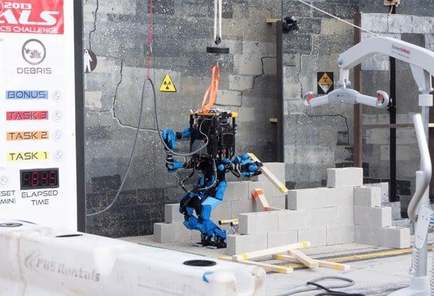 schaft robot debris 620x423