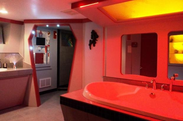 Trekkie decorates entire house in star trek theme home for Sci fi home decor