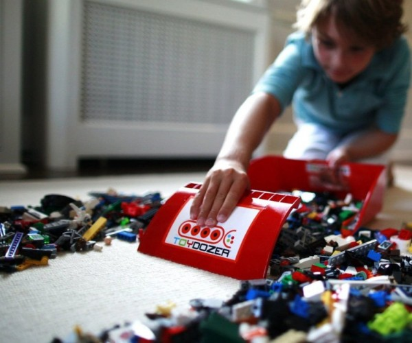 Toydozer Toy Clean up Set Prevents Dangerous LEGO Injuries