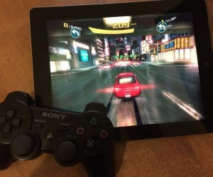 Jailbreak App Makes Dualshock 3 Work with iOS 7 Games that have Controller Support