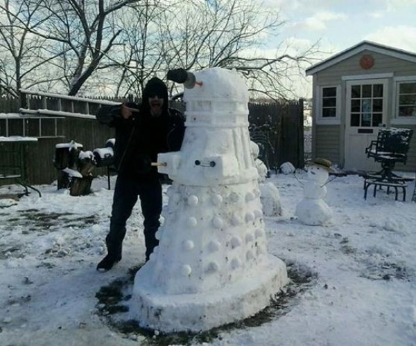 Dalek the Snowman is Not a Jolly Happy Soul