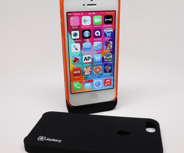 Review: Jackery Leaf Battery Case for iPhone 5/5S