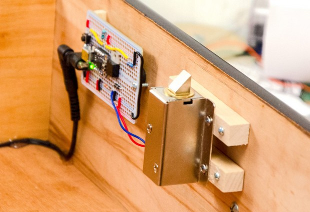 knock-lock-by-steve-hoefer-and-adafruit