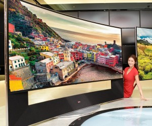 "LG Shows off 105-inch Curved TV with ""5K"" Resolution"