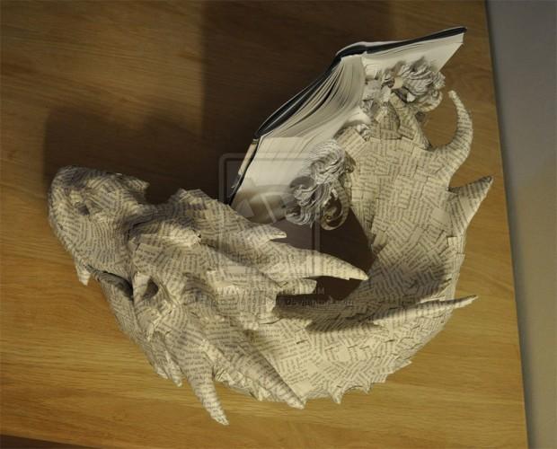 papercraft_smaug_book_2