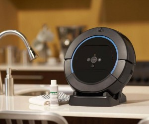 iRobot Scooba 450 Scrubs the Crap off Your Floors