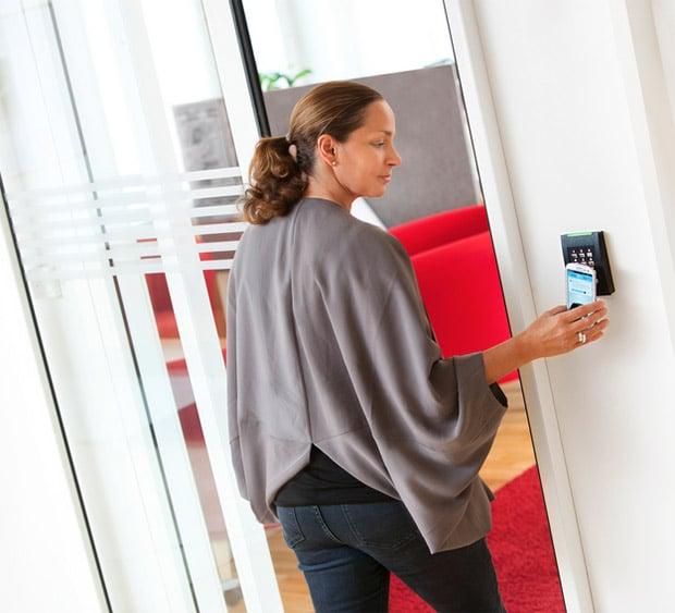 smartphone_room_key