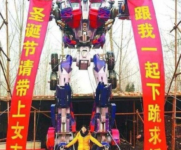 Guy Builds Three-Story Optimus Prime to Propose to Girlfriend