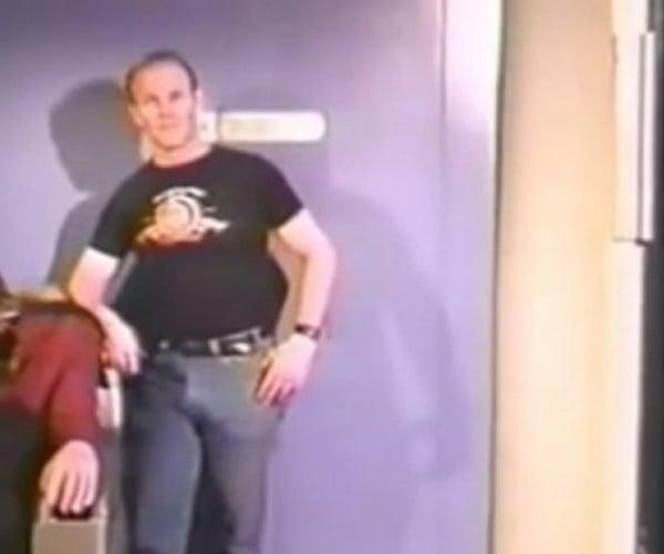 Two Star Trek Fans Broke into the Star Trek: TNG Set in 1988, Filmed a Documentary