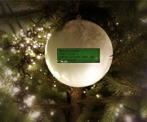 Next Year Make a Christmas Ornament That Shows Tweets