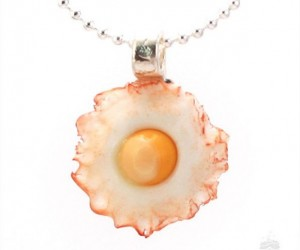 Breakfast Necklace1 300x250