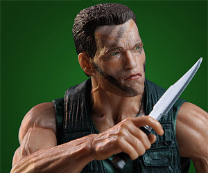 Predator 1/4 Scale Action Figure Reminds Us How Cool Arnie Used to Be