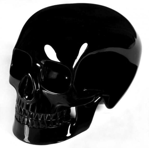 black_obsidian_skull
