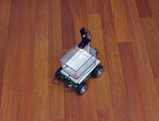 fish on wheels robot car by studio diip 620x469