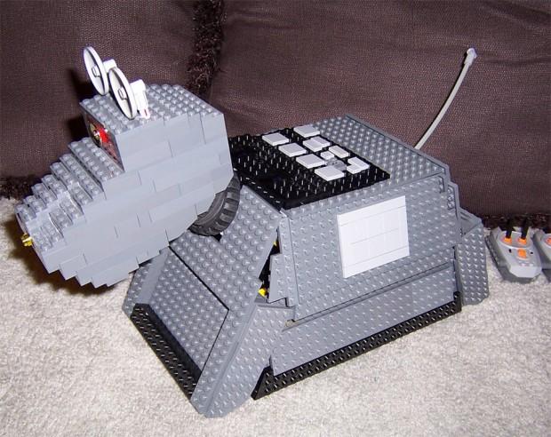 lego k9 620x492