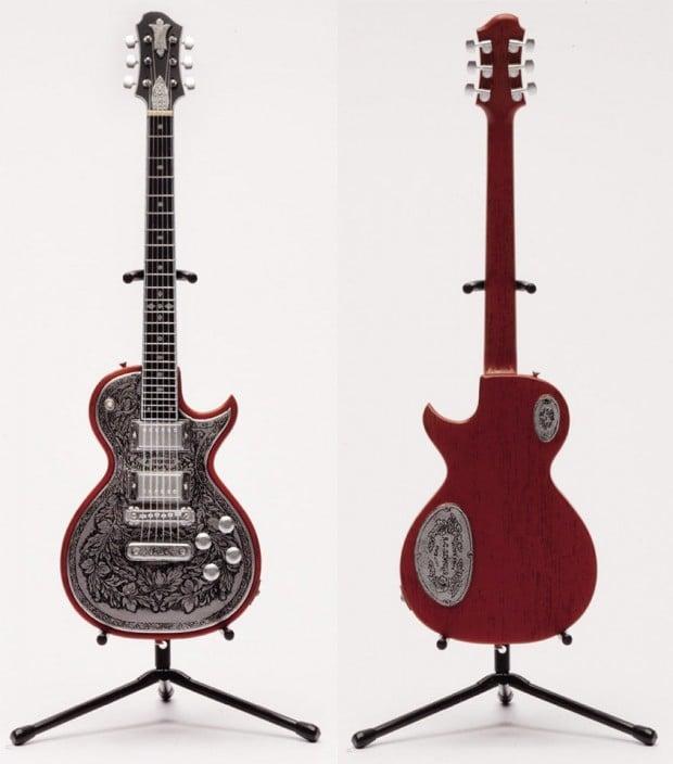 miniature_zemaitis_guitar