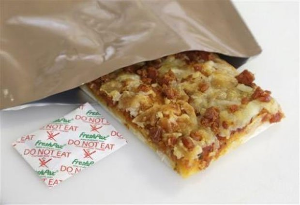 mre pizza 4