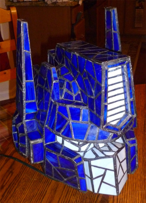 optimus prime stained glass lamp 2 620x861