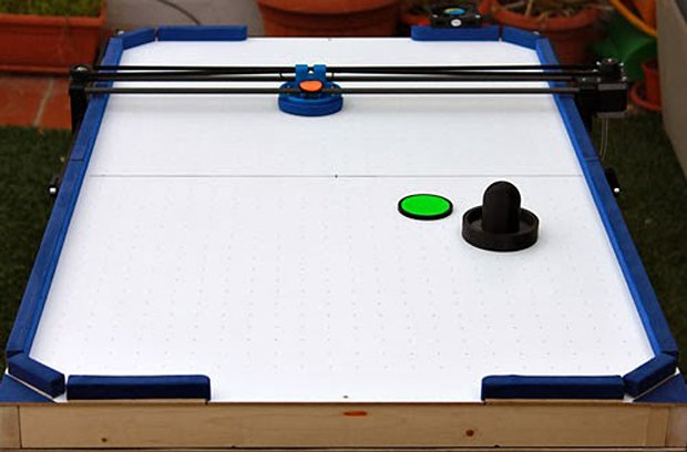 reprap 3d printer air hockey robot by jose julio