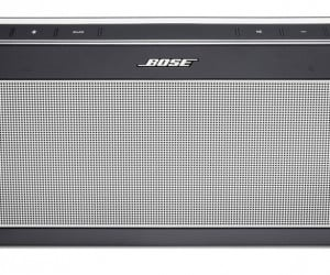 Bose SoundLink III Bluetooth Speaker Promises Big Sound