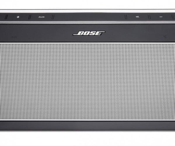 Bose SoundLink III Bluetooth Speaker Promises Big Sound