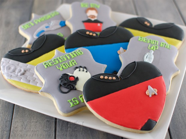 star trek cookies 2 620x465