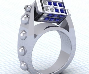 This Doctor Who Spinning TARDIS Ring Is a Thing of Timeless Beauty