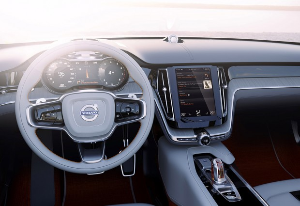 volvo_touchscreen_1