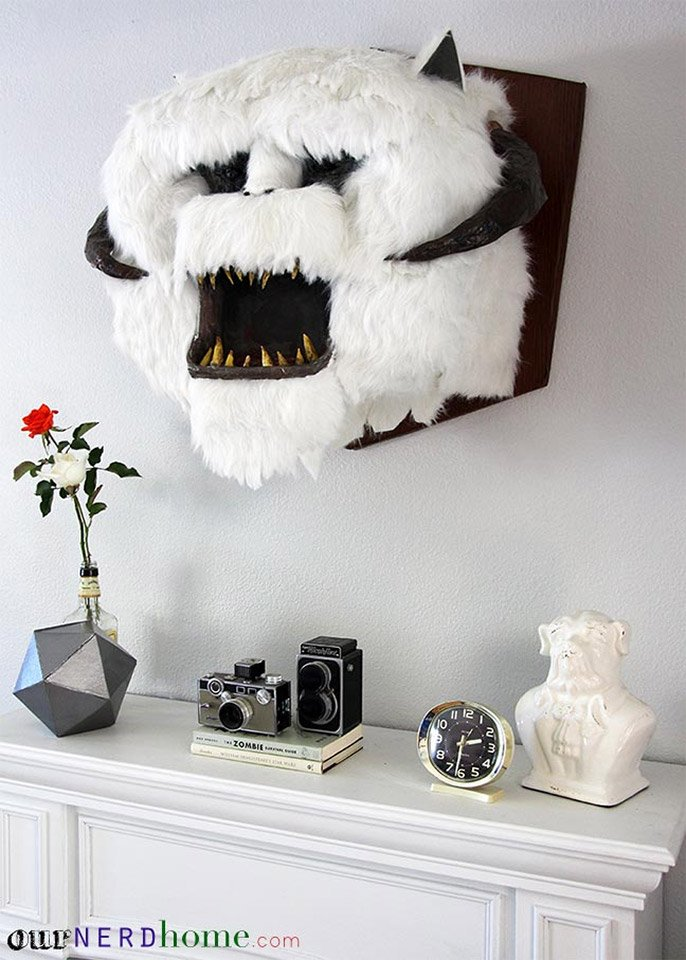 It Looks Sort Of Like The Fur On That Wampa Rug We Talked About A While  Back.