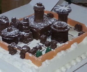 Winterfell Made out of Cake and Candy: Sugar is Coming