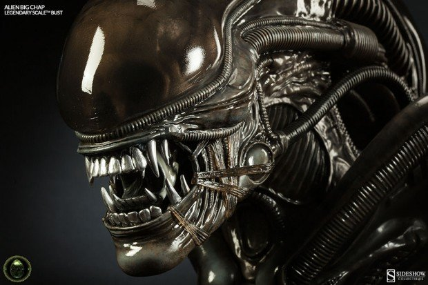 alien legendary scale big chap bust by sideshow collectibles 3 620x413