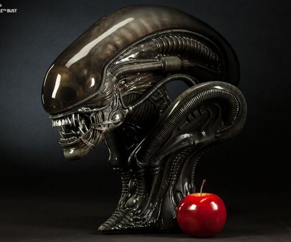 Alien Warrior & Big Chap 1/2 Scale Busts: Walletbursters