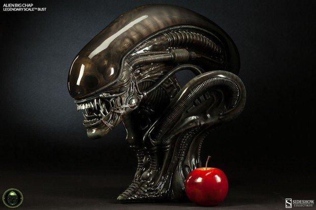 alien legendary scale big chap bust by sideshow collectibles 620x413