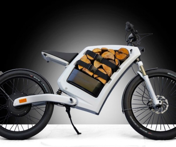 Feddz Electric Cargo Scooter Has Storage Space Where the Engine Should Be