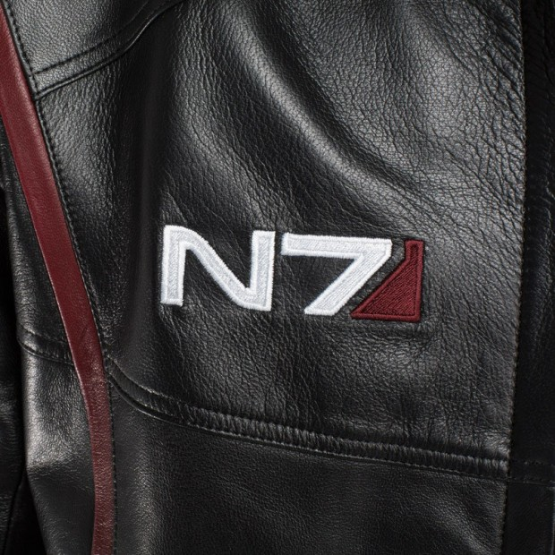 mass effect n7 leather jacket 5 620x620