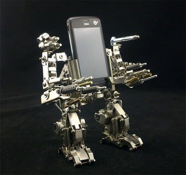 mech_cellphone_holder_3