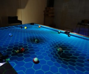 OpenPool Augmented Reality Kit Adds Visual Effects to Billiard Tables: Trick Shots