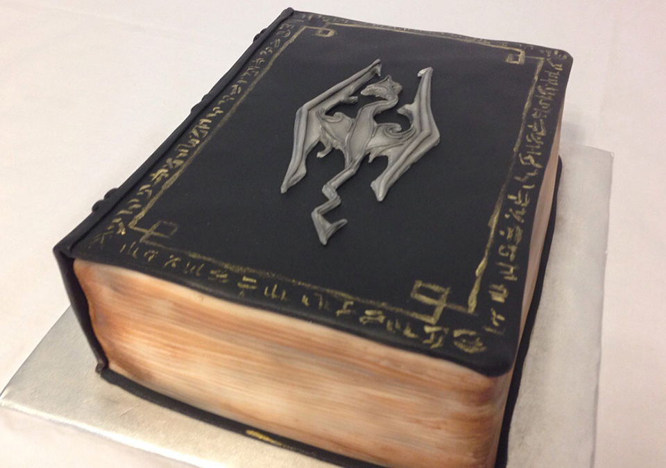 Cake To Look Like Scrolls