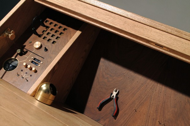 tempel-workbench-computer-desk-by-love-hulten-9