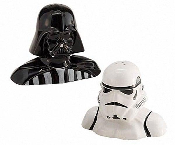 Darth Vader and Stormtrooper Salt & Pepper Shakers: Your Lack of Seasoning is Disturbing