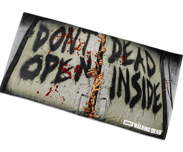 The Walking Dead Beach Towel Is Perfect for Vacations on Dead Island