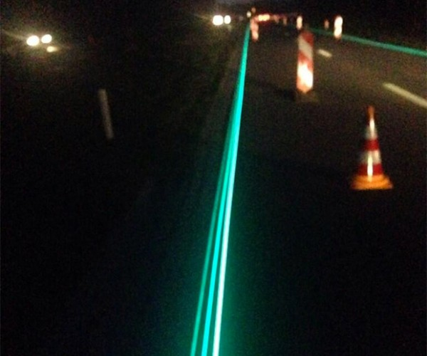 Glow-in-the-Dark Highway Becomes Reality