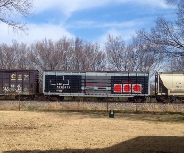 Awesome Graffiti Turns Boxcar into Nintendo Controller: Nintraindo