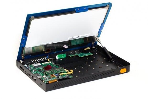 novena-open-source-laptop-by-Bunnie-and-xobs--Sutajio-Kosagi-2