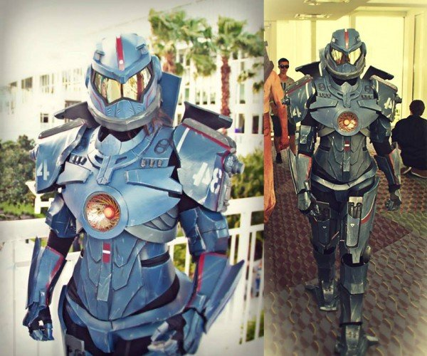 Gipsy Danger Cosplay: Pacific Dream