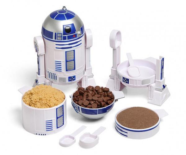 R2-D2 Measuring Cup Set: A Pinch of R2, a Dash of D2