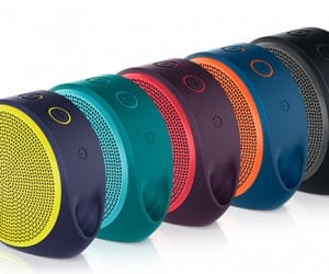 Logitech X100 Bluetooth Speaker Adds a Splash of Color to Your Tunes